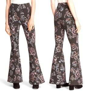 FREE PEOPLE Born to Be Wild Super Flare Pants xs/s